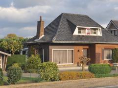 Centraal gelegen in de driehoek Diest, Beringen en Lummen ligt aan de Blanklaarstraat nr 16 deze open bebouwing met 3 slaapkamers. Het huis ligt op ee
