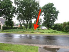 Bouwgrond in half-open bebouwing (HOB), gelegen links van huisnr. 27, met een oppervlakte van ca. 5,5 are en een straatbreedte van ca. 13 m!<br /> E&e