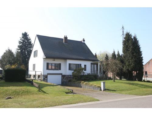 Huis te koop in tessenderlo f5o4u alterimmo for Huis te koop tessenderlo