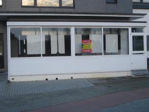 Kantoorruimte van 50 m2<br /> (zie plan in bijlage)<br /> <br /> Huurprijs: 500 euro / maand