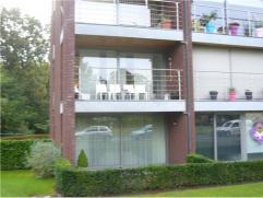 Gezellig, ruim en licht appartement met 2 slaapkamers, 2 terrassen en 1 autostaanplaats.Ligging Dit moderne appartement (2006) is gelegen aan de Evenc