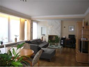 Gezellig appartement met 2 slaapkamers en terras centraal gelegen in Genk-centrum. Het appartement is gelegen op de tweede verdieping en beschikt over