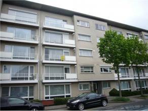 Ruim en gezellig appartement (114m2) met 3 slaapkamers en 2 balkons. Ligging Het appartement is gelegen vooraan aan de Kuilenbroekstraat te Genk en be