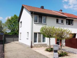 Mooie, gerenoveerde gezinswoning met 3 slaapkamers en een oppervlakte van ca.10a43ca