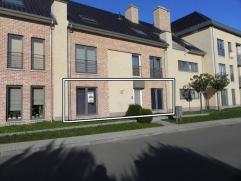 Recent appartement met 3 slaapkamers, groot terras, ondergrondse autostaanplaats en berging. Centrale ligging!GELIJKVLOERS- Inkom: (2,01m x 3,60m = 7,