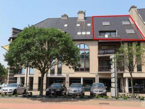 Instapklaar en luxueus afgewerkt duplex-appartement gelegen nabij het centrum van Maaseik, in de onmiddellijke nabijheid van scholen, winkels, ziekenh