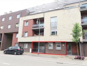 Mooi appartement met één slaapkamer, terras en kelderberging gelegen in het centrum van Maaseik, op wandelafstand van de markt, winkels,