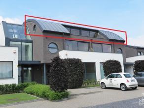 Exclusieve loft met twee slaapkamers, twee ruime terrassen, twee autostandplaatsen en berging in de kelder. Dit pand is gelegen op een unieke locatie