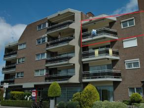 Een ruim appartement met praktische indeling, 3 slaapkamers! Ruim appartement gelegen op wandelafstand van het stadscentrum van Maaseik! Het apparteme