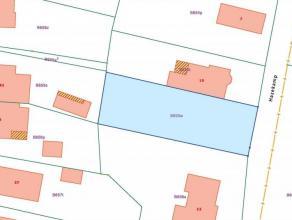 Perceel bouwgrond voor halfvrijstaande woning : - Breedte : 13.71 m. - Diepte : 41,70 m. - Geen verkavelingsvoorschriften van toepassing. - Westelijke