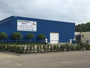 """Bedrijfshal gelegen op het industrieterrein """"Europark"""" te Houthalen-Helchteren. Zeer goede verbinding met de E313-E314. Het gebouw bestaat uit een mag"""