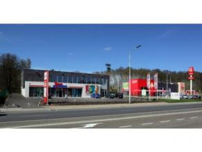 Multifunctioneel casco-gebouw op zichtlocatie in Houthalen-Helchteren.Mogelijkheid tot gebruik als kantoor of handelsruimte.Het gebouw bevindt zich op