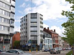 """Modern gerenoveerd 2 slaapkamer appartement gelegen op de bovenste verdieping van """"Residentie Leopold"""" met prachtig uitzicht over de stad en omgeving."""