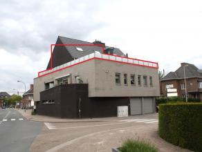 BEKIJK ZEKER DE GRONDPLANNEN VAN DIT PAND !!   Welkom in de Winterstraat 2 te Bilzen.  Aangeboden wordt een prachtig duplexappartement van 114m2 g