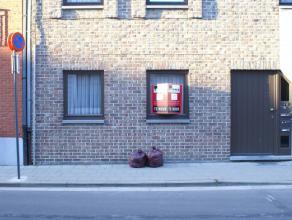 Appartement met 2 slaapkamers in het stadscentrum van Sint-Truiden en op wandelafstand van de Grote Markt.Het appartement bestaat uit living, keuken,