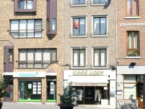 Appartement met 2 slaapkamers in het stadscentrum van Sint-Truiden.Het appartement bestaat uit living, keuken, badkamer en 2 slaapkamers.Afmetingen va