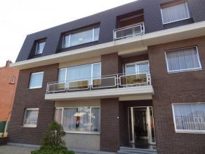 Mooi appartement met 2 slaapkamers en autostaanplaats in het stadscentrum van Sint-Truiden en op wandelafstand van de Grote Markt.Het appartement best