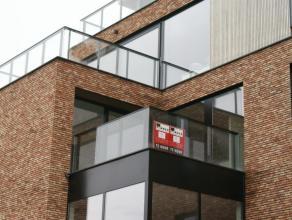 Luxe nieuwbouw-appartement met 2 slaapkamers en 2 terrassen, in het centrum van Sint-Truiden, vlakbij de Grote Markt en tussen het groen.Het mooie app