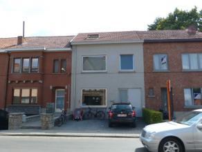 Mooi appartement met 2 slaapkamers in het stadscentrum van Sint-Truiden en op wandelafstand van de Grote Markt.Het appartement bestaat uit living, keu