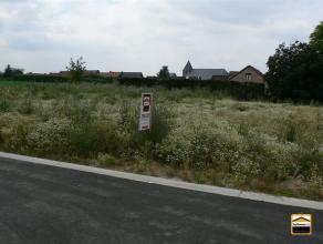 Algemeen Adres : Valgaërstraat 26, 3720 KORTESSEM Grondoppervlakte : 499 m² Voorgevel : 12 m Financiele informatie Prijs : euro 90.000 Regis