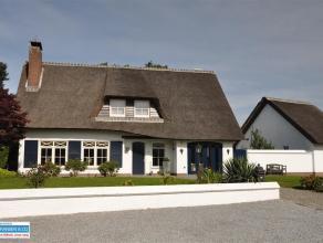 Bent u op zoek naar een ruime, recent gerenoveerde, instapklare woning ? Deze villa is met oog voor detail zeer recent gerenoveerd. De woning is zeer