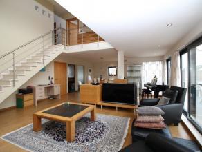 LUTLOMMEL 164A - 3920 LOMMEL.<br /> <br /> Luxueus en licht appartement met een riante woonoppervlakte van 187 m² en een groot  terras van 100m&s