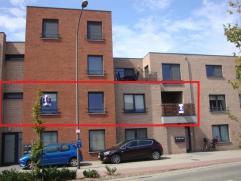 Hedendaags appartement met 2 slaapkamers, waarvan 1 met dressing, terras en autostaanplaats in centrum van Lommel. EPC : 111 kWh/m². Vg,Wg,Gdv,Gv