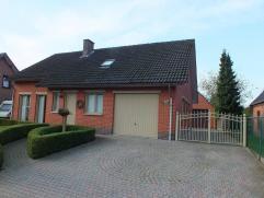 Rustig gelegen woning met 2 (mog. 3) slaapkamers nabij het centrum van Lommel.