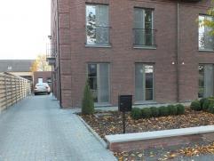 Luxueuze nieuwbouw woning met 4 ruime slaapkamers. Veel bergruimte nabij het centrum van Lommel. Geen huisdieren toegelaten! Beschikbaar vanaf 1 decem
