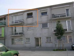 Degelijk appartement op de 2de verdieping in het centrum van Kaulille:- bewoonbare oppervlakte: 96m²- 3 slaapkamers- privatieve garage aan