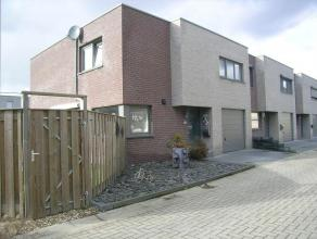 Leuke gezinswoning (HOB) met moderne toets:- perceelsoppervlakte: 2a69ca- bewoonbare oppervlakte: 160m²- bouwjaar: 2010- 3 ruime slaapkamers; waa