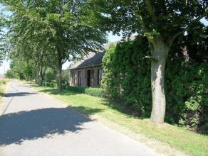 Volledig gelijkvloerse woning te Bocholt: - bouwjaar: - perceeloppervlakte: 54 are 33 centiare- mogelijkheid tot verkavelen bouwgrond: 4 are 50 centia