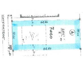 In een landelijke omgeving gelegen bouwgrond geschikt voor open bebouwing. De kavelbreedte is 18m.