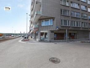 LIEGE : Rez de chaussée commercial situé sur la rive gauche de la Meuse. Quartier en cours de redynamisation qui sera sous peu encore pl