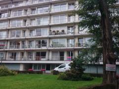 Grivegnée-Haut : Situé à proximité des commerces et transports en commun. Bel appartement 1 chambre, living, cuisine-&eacu
