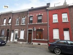 SERAING : Dotée de 4 chambres, cette maison située dans un quartier calme, recherche ses nouveaux propriétaires.  Elle vous r&eac