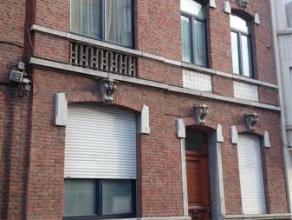 Liège : Situé à proximité du centre de Liège et de ses commerces, proche des  accès d'autoroute, transports