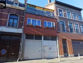 LIEGE : Idéal pour entrepreneur, immeuble composé d'un atelier très spacieux (aménagement de logements possible)avec empla
