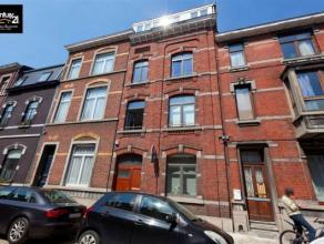Liège-Guillemins : Très bel immeuble de rapport rénové en ordre durbanisme. 7 logements dont 1 duplex dans un bâtime