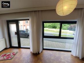 SERAING-HAUT: Appartement situé au rez-de-chaussée comprenant 1 chambre, 1 coin cuisine, 1 salle de bain, 1 séjour. Situé