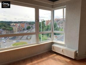 LIEGE: Vous êtes à la recherche d'un splendide appartement complètement rénové combinant espace et confort ? Cet app