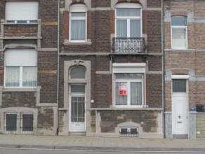 Offre àpd: 139.000euro, Maison de bourgeoise 5/6 chambres, très spacieuse avec vue sur Meuse et proche du centre ville.Idéale pou