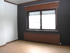 Maison 4 chambres avec jardin située au calme et proche de toutes les commodités de Vottem Outre ses 4 chambres, elle se compose dun sal