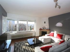 Appartement 2 chambres entièrement meublé et équipé sis sur la plus belle avenue de Grivegnée. Il se compose de 2 c