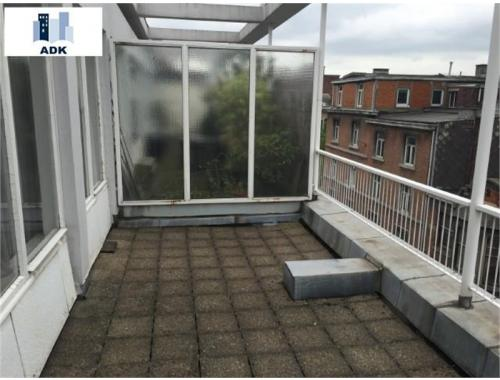 Penthouse te koop in Liège, € 125.000