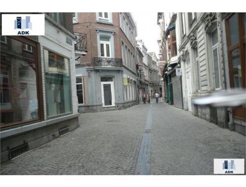 Appartement te huur in Liège, € 476