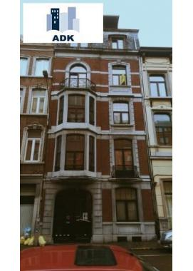 Appartement te huur in Liège, € 700