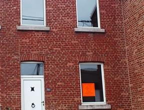 """Maison rénovée et située sur les hauteurs de Seraing, dans le quartier de la """"Chatqueue"""". Le sous-sol est composé d'une ca"""