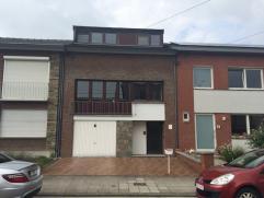 Belle maison d?habitation en bon état composée de 3 chambres avec jardin et garage 2 voitures proche de toutes commodités.