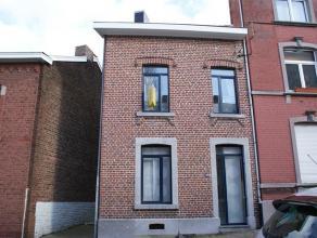 Maison se composant au rez-de-chaussée: cuisine non équipée (21m²), salon/sam (32m²), buanderie (16m²), salle de b